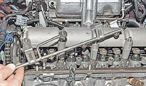 Снятие распределительного вала и рычагов привода клапанов Шевроле Нива