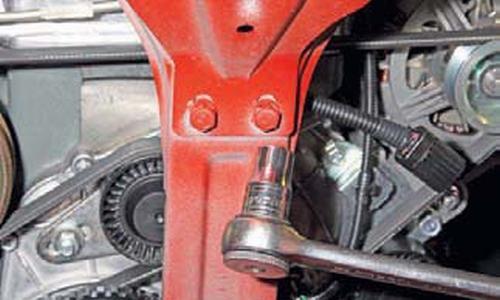 Замена переднего сальника коленчатого вала Шевроле Нива