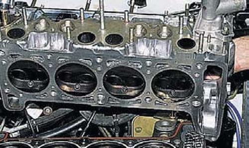 Замена прокладки головки блока цилиндров Шевроле Нива