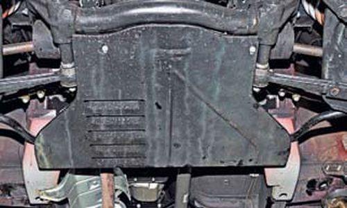 Снятие брызговиков моторного отсека Шевроле Нива